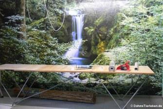 Wandtapete mit Wasserfall