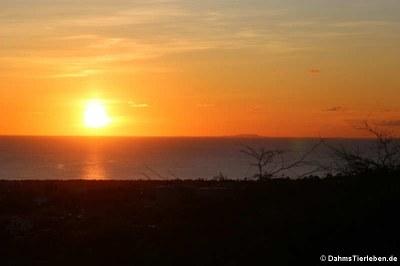 Sonnenuntergang auf Bonaire, aufgenommen auf dem Seru Largu (großer Hügel)
