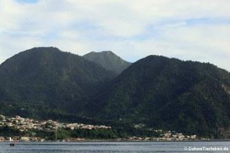 Blick auf die Küste von Dominica