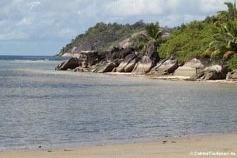 Am Strand auf Mahé