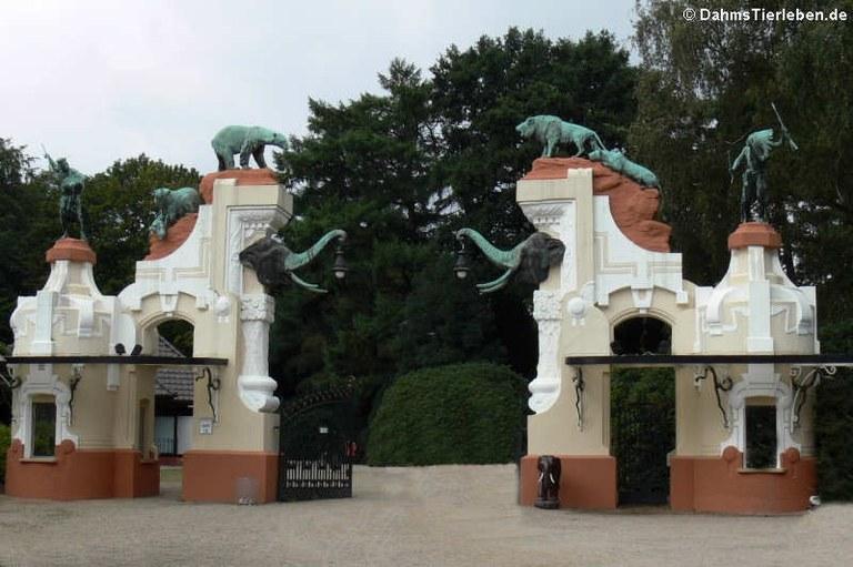 Historischer Haupteingang